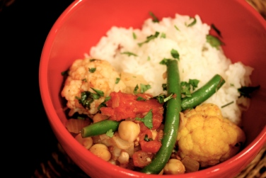 Cauliflower, green bean and chick pea curry